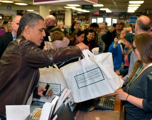 The 21 Books President Obama Bought On 'Small Business Saturday'