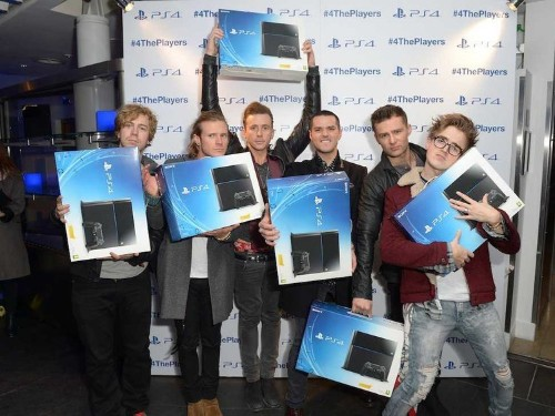 Sony Sold Over 1 Million PS4 Units In 24 Hours And Amazon Is Already Sold Out
