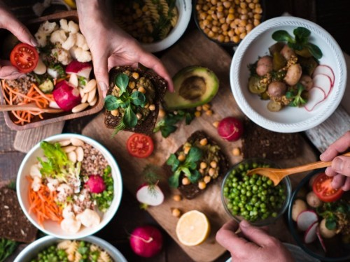 11 tips for feeling full and satisfied on a vegan diet