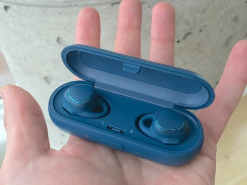 I just tried Samsung's first truly wireless earbuds — here's what they're like