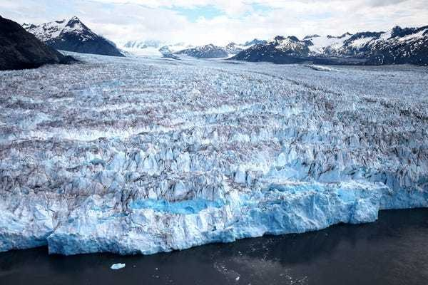 40 distressing photos show glaciers disappearing around the world - Business Insider