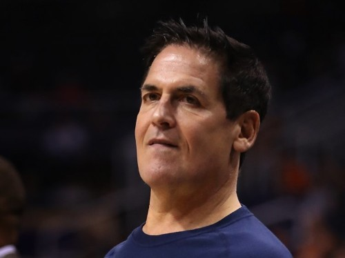Mark Cuban spars with Donald Trump's biggest online broadcaster and a poker legend in a Twitter war