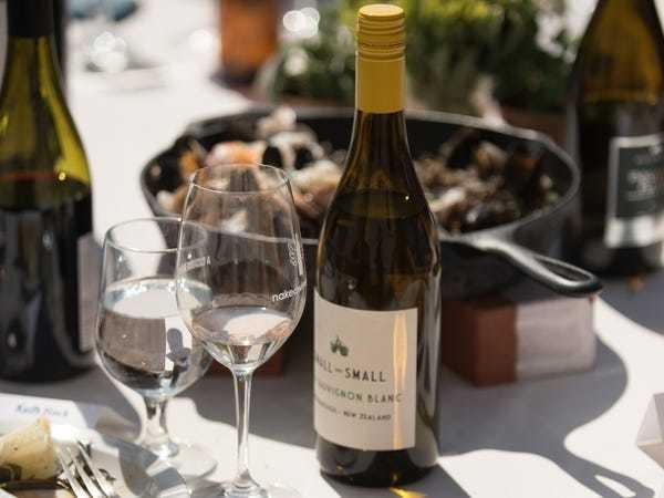 Here are the types of wine you should pair with grilled foods this barbecue season - Business Insider