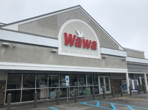 We shopped at Wawa and 7-Eleven to see which convenience store was better. The winner was clear.