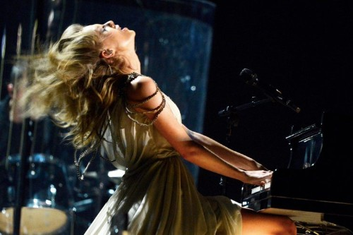 Watch Taylor Swift's Head-Banging Grammy Performance Of 'All Too Well'