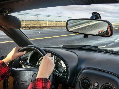 Sorry Folks, Siri Is Still Distracting You While You're Driving