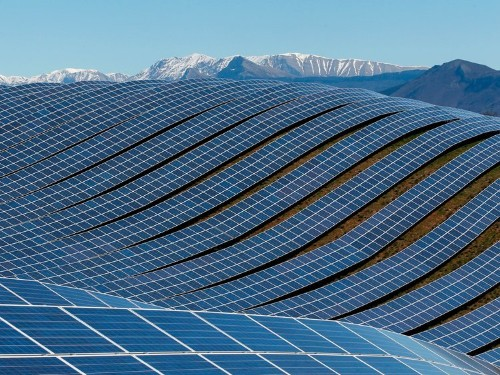 Why SolarCity is struggling to adapt to today's solar market