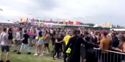 We are FSTVL criticized after partiers 'collapse' in huge queues