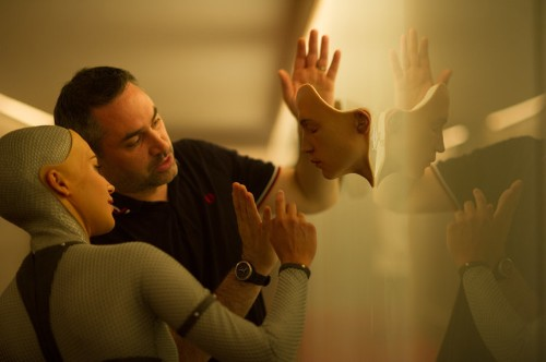 Here's how 'Ex Machina' made a robot that looks unlike any you've seen before