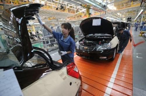 Asia markets on edge ahead of China data