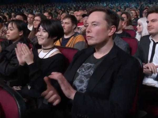 Elon Musk appeared at The Game Awards to support girlfriend Grimes - Business Insider