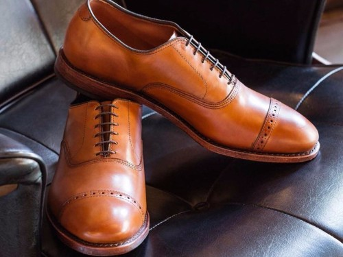 The only 4 dress shoes you need, according to this shoe company's CEO
