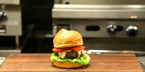 A Master Chef Shows How To Cook The Perfect Burger In Your Own Kitchen