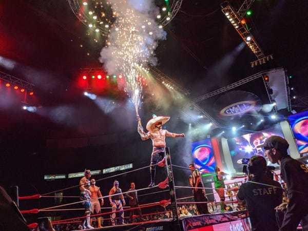 What it's like going to a Lucha Libre match in Mexico City: Photos - Business Insider