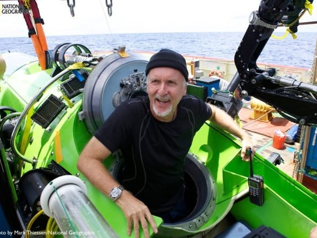 Photos show why James Cameron and Victor Vescovo are public feuding - Business Insider