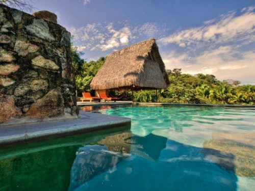 10 incredible hotels you can only reach by boat