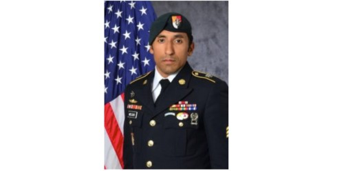 Navy SEAL convicted in Green Beret's death met his widow and sent her controversial text messages, report says