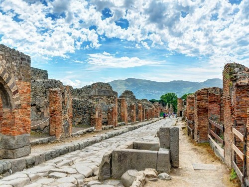 26 ancient ruins you should visit in your lifetime