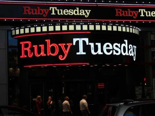 Ruby Tuesday Sales Are Way Down And They're Closing 30 Restaurants