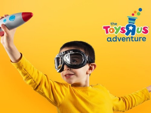 Toys R Us is making another comeback with immersive stores that have massive toys and interactive playrooms