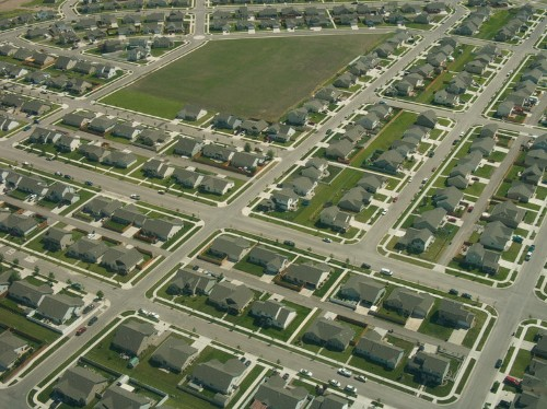 A common feature of suburban neighborhoods has actually made streets more dangerous