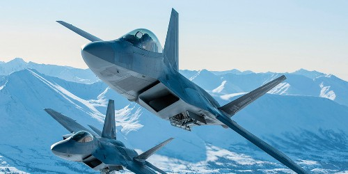 F-22, F-35 can't talk to each other vs Russia, China, but don't need to