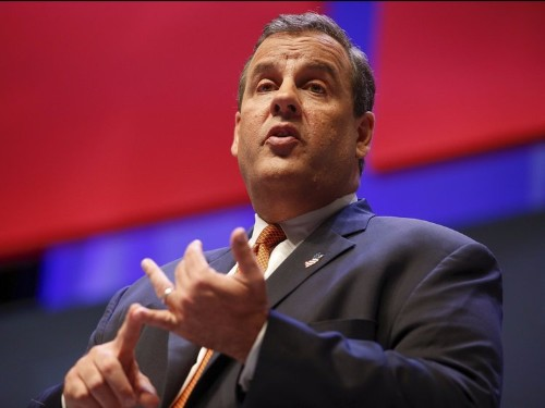 Chris Christie and The New York Times are exchanging sick burns on Twitter