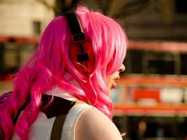 100 podcasts that will make you smarter and more successful - Business Insider
