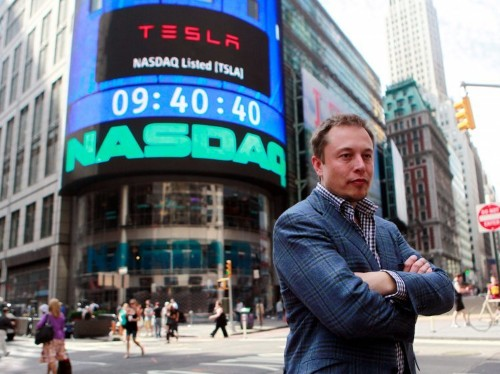 A look at the demanding schedule of Elon Musk, who works in 5-minute slots, skips breakfast, and largely avoids emails