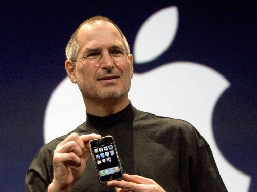 A guy who used to do PR for Apple reveals what Steve Jobs taught him about leadership