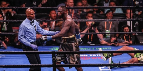 Deontay Wilder knocks out Dominic Breazeale in 1 round, sends violent message to Anthony Joshua