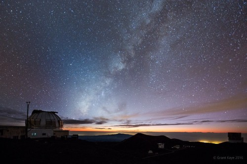 A professional landscape photographer says these are the best places to see star-filled skies in the US