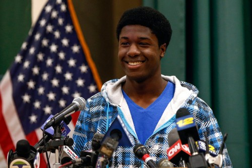 Guy who got into all 8 Ivy League schools explains how to nail a winning admissions essay