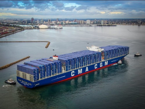 This ship is bigger than an aircraft carrier and has as much power as 900 cars