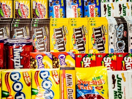 11 snacks you used to see in every movie theater but hardly find in concession stands today