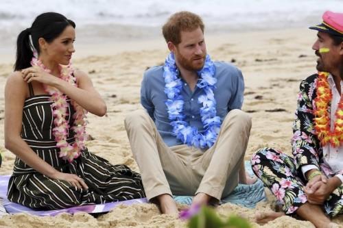 Meghan & Harry take private jet to Ibiza's 'billionaire's playground'