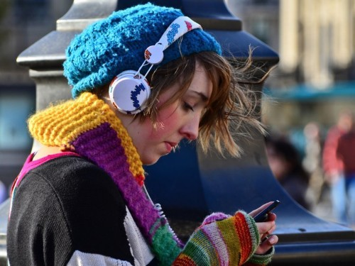Smartphones in China can identify songs based on your humming