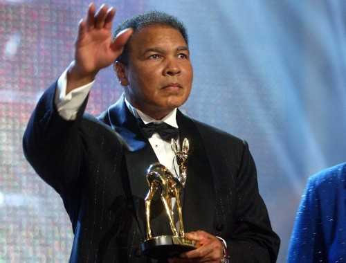 Watch that time Muhammad Ali talked a suicidal man down off of a ledge in LA