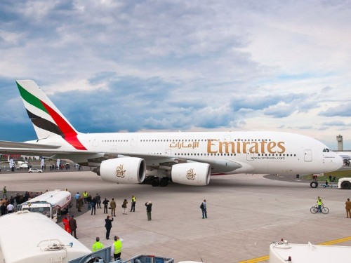 An Emirates plane has completed the world's longest nonstop scheduled commercial flight