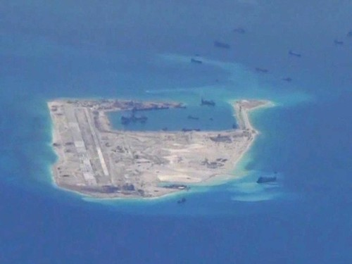 REPORT: China is putting weapons on its artificial islands in the South China Sea