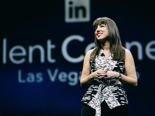 A LinkedIn HR exec shares the top 6 things recruiters look for when assessing your 'soft skills'