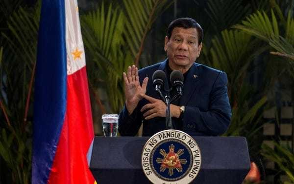 Philippines' Duterte jokes his troops can rape up to 3 women under martial law - Business Insider