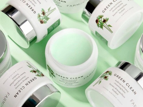 Review: the Farmacy Green Clean Makeup Cleansing Balm melts away grime