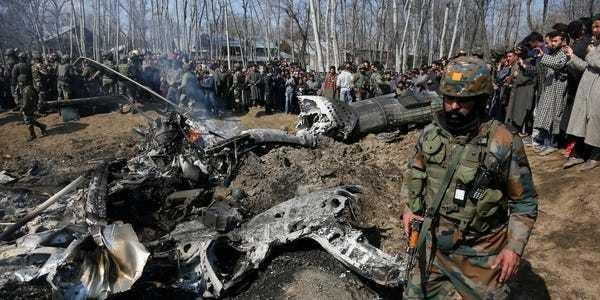Pakistan closes airspace, says it shot down 2 Indian jets over Kashmir - Business Insider