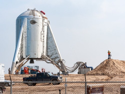 Inside SpaceX's Texas launch site for Starship Mars rockets: photos