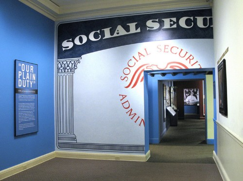 Anyone taking Social Security for the first time in 2016 needs to know these things