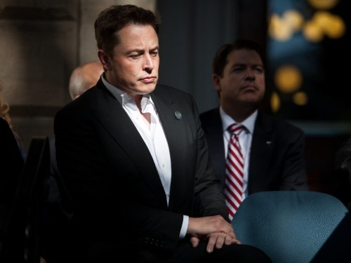 Elon Musk thinks we need a 'popular uprising' against the fossil fuel industry