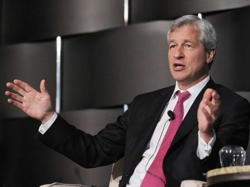 Billionaire JPMorgan chief Jamie Dimon says there's no point in slashing CEO pay