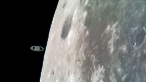 A photographer captured pictures of Saturn 'touching' the moon with his smartphone, and the shots are stunning