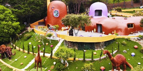 11 homes that are out of this world